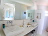 House for sale in Buzios - Master suite bathroom