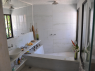 House for rent in Pitimbu - Marble finish bathroom